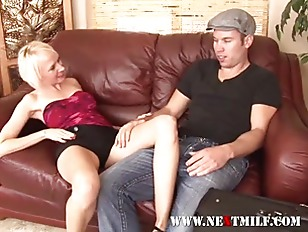 Picture Blonde Boss Lady Getting Her Junk Eaten