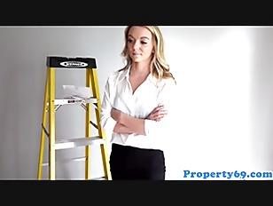Realtor bosslady POV fucking handyman