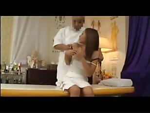 Picture Japanese Hottie Get Massage