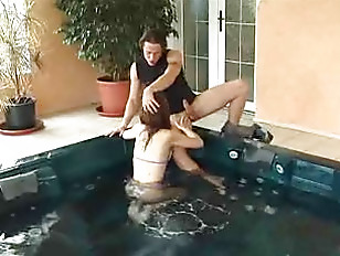 Picture Young Girl 18+ Fuck In Tub