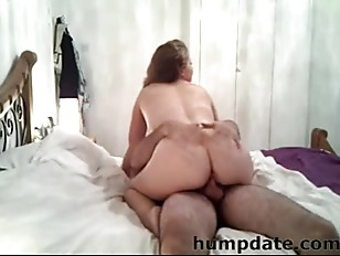 Horny Girlfriend Sucks Cock...