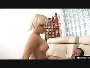 Picture Watch Busty Blonde Britney Open Wide