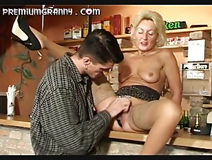 Granny housewife porn