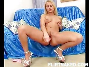 Hot Webcam Girls...