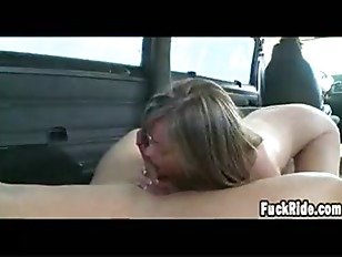 Hottie Does Anal On...