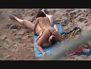 Nude black king mag