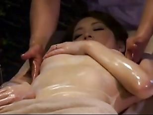 Picture College Girl Reluctant Orgasm By Masseur