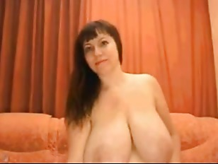 Videos of women with saggy tits on webcam