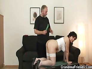 Picture Old Bitch Takes Two Cocks After Pussy Toying
