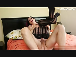 Picture 19 Year Old Tattoo Slut Sex On Bed