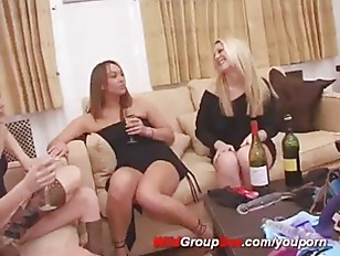 Picture Lesbian Strapon Group Sex Party