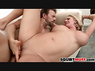 Zoey Holiday Squirting Pussy...