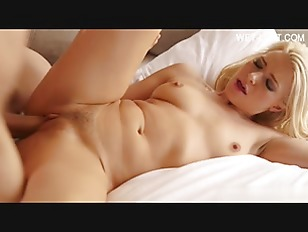 Picture 19 Year Old Pornstar Making Love