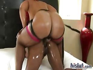 Pinky Loves Lesbian Sex...