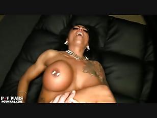 pussy_1704376