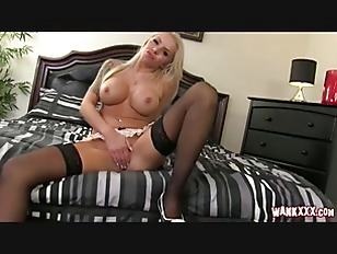 MILF Nina fucks a machine