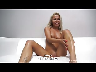 Cute Amateur Gets Naked
