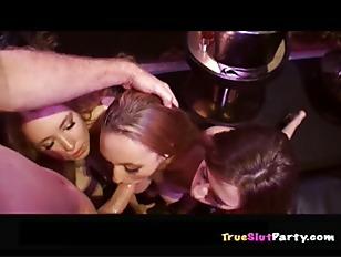 Picture Bartenders Film Crazy Sex Tape P5