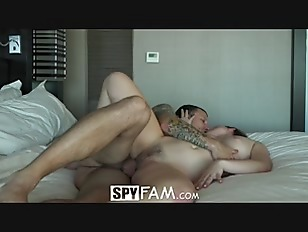 Spyfam aggressive fuck with step sister alyssa cole 4