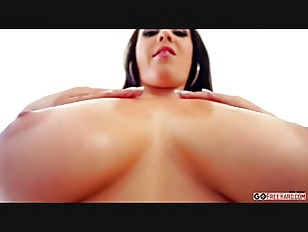 Noelle Easton Big Titts...