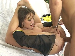 Vanessa Lane Rear Entry...