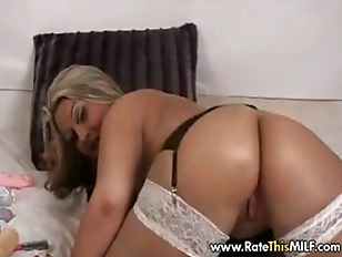 Picture Hot BBW MILF In White Stocking With Dildos