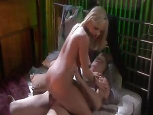 Bree Olson Gets Ass...