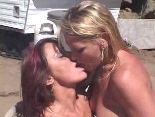 Picture Dana Hayes Jillian Foxx And Chelsea Zinn Thr...