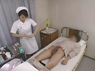 Asian nurse takes advantage...