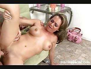 Sexiest milf porn