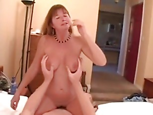 Mature Babes Know How...