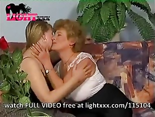 Free mature lesbian porn tubes