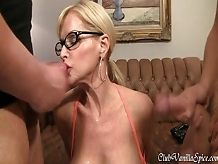 Picture Busty Blonde Milf Is A Cum Whore