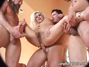 Blonde Chick Vs 3...