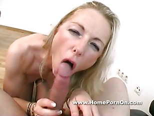 Blonde Horny Chick Suck...