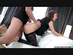 Picture Big Guy Bends Over Slim Babe