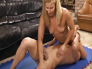 Picture Diana Pulls Cock 2