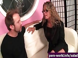 Picture Pervy MILF Amanda Eats Ass Then Fucked