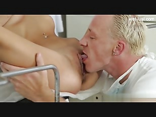 Picture Horny Blonde Chick Fuck By Doctor