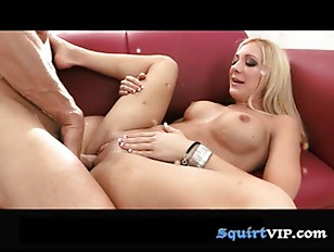 Picture Wettest Woman In Porn P5