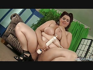 Buxom Bella Toy Joy...