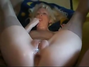 Hot cougar fucking young...
