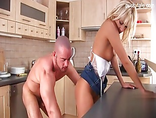Picture Pornstar In The Kitchen