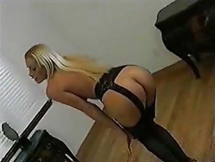 Picture Nicole Sheridan Gives A Wicked Blowjob