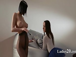 Picture Young Princess Gets Strap On Banged