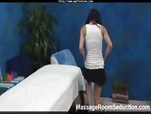 Picture Sexy Young Girl 18+ Fucked By Massage Therap...
