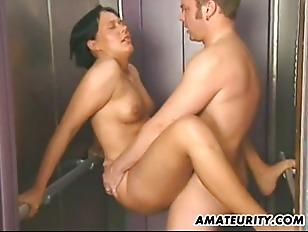 Picture Amateur Couple Hardcore Action In A Lift