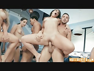 Brazzers House 2 Finale...