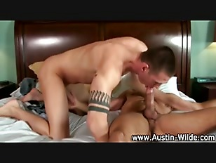 Pornstar austin wilde gives head
