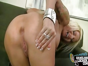 Big Ass MILF Handjob...